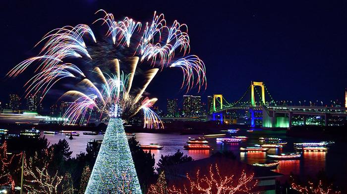 Odaiba Rainbow Fireworks 2019