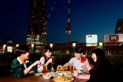 """Shibuya Tokyu Toyoko store beer garden """"Kawara Garden"""""""